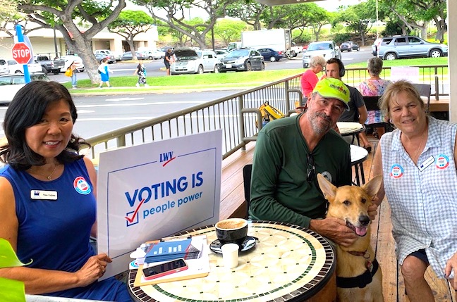 LWVHC National Voter Registration Day at Kona Coffee and Tea