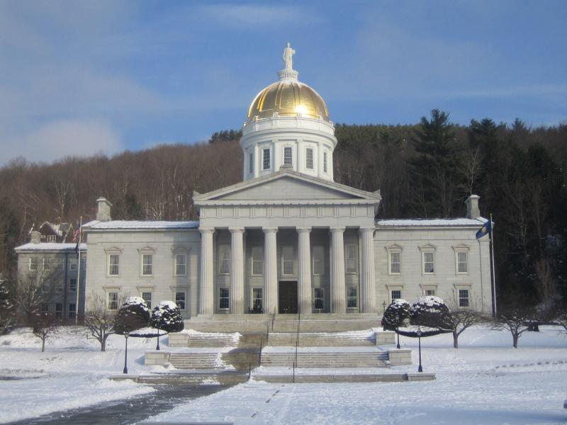 picture of statehouse in winter