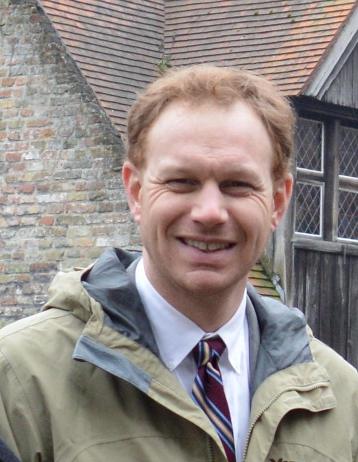 Dr. Peter Miller