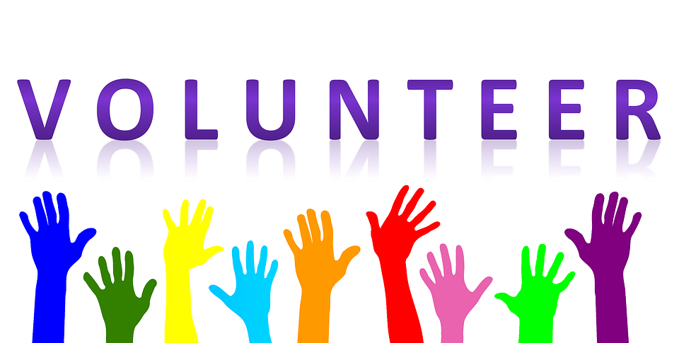volunteer icon with hands raised