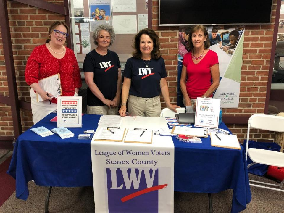 Picture of League members and others with LWV banner