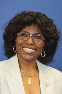 Dr. Gloria Holmes