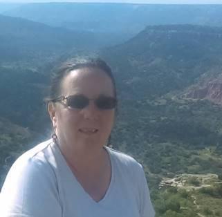 Dr.  Renee  Gralewicz