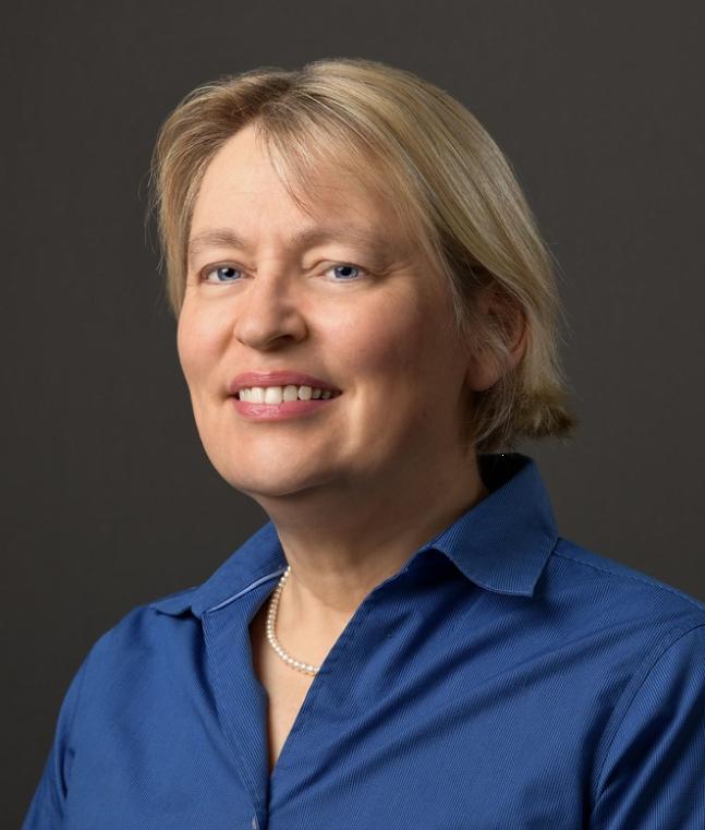 Director 2020-2021 Elizabeth Donovan