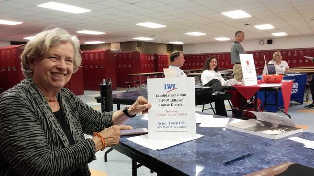 Holly Cratsley at League voter registration table at Peabody Middle School