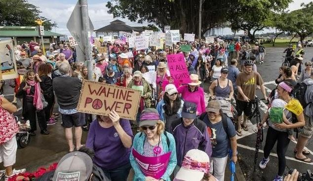 rally-in-hawaii-wahine-power