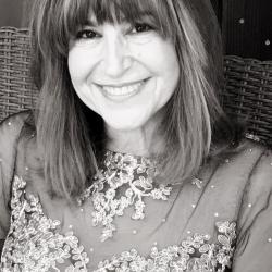Carol Eisner