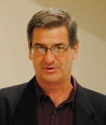 Edward Humes