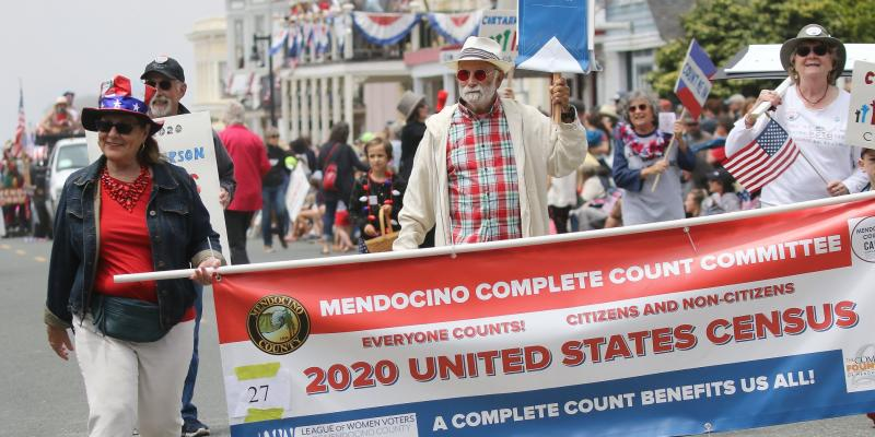 LWV Mendocino July 4 parade Census