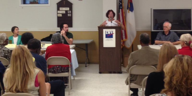 LWVHC hosts a public Plastic Bag Forum-Sep 2016