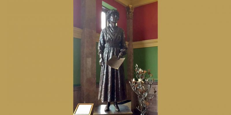 Photo of statue of Jeannette Rankin, first woman elected to US Congress