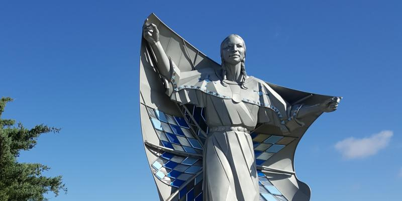 Dignity statue, created by Dale Lamphere, near Chamberlain, SD
